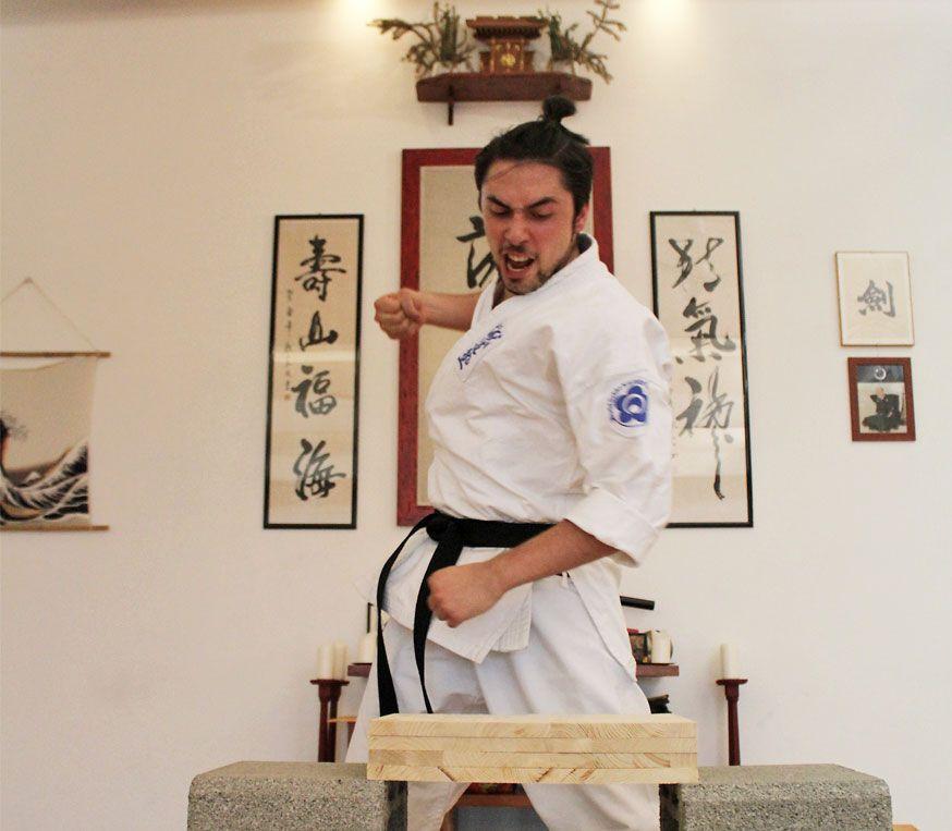 Tecniche di rotture Seido Karate